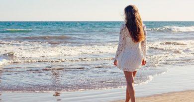 Plisowane spódnice- jeden z głównych trendów na sezon jesień-zima 2021/2022
